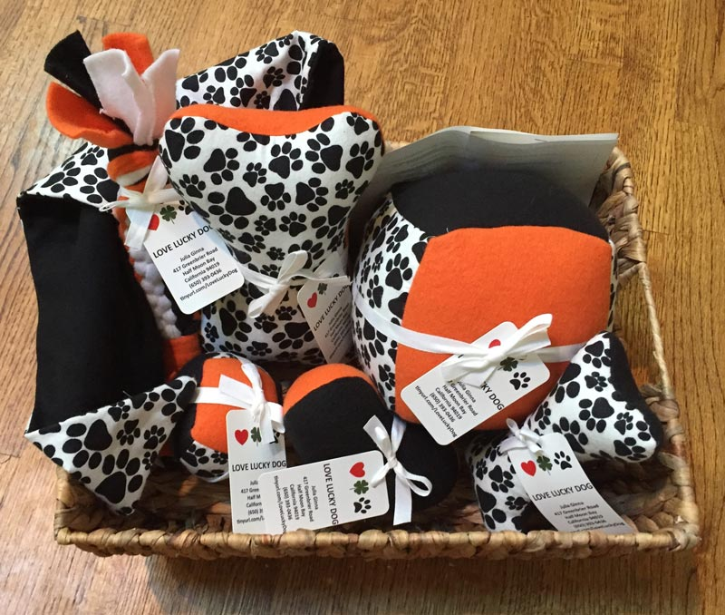 Julia Ginna, Gifts and treats for dogs, Love Lucky Dog