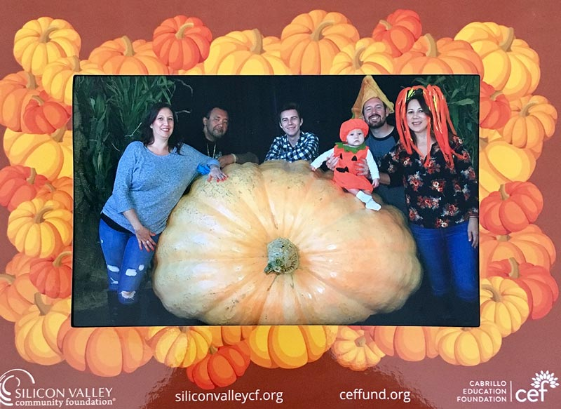 giant pumpkin photo booth framed photo 2018 lg